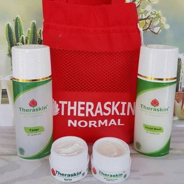 Theraskin Normal: Paket Khusus Wajah Kering