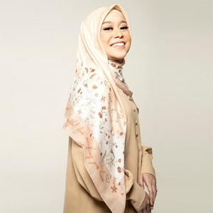 Shades Flower Peach Scarf