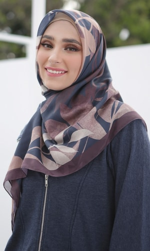 Silhouette Leaves Scarf