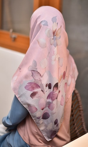 Side To Side Pastel Scarf