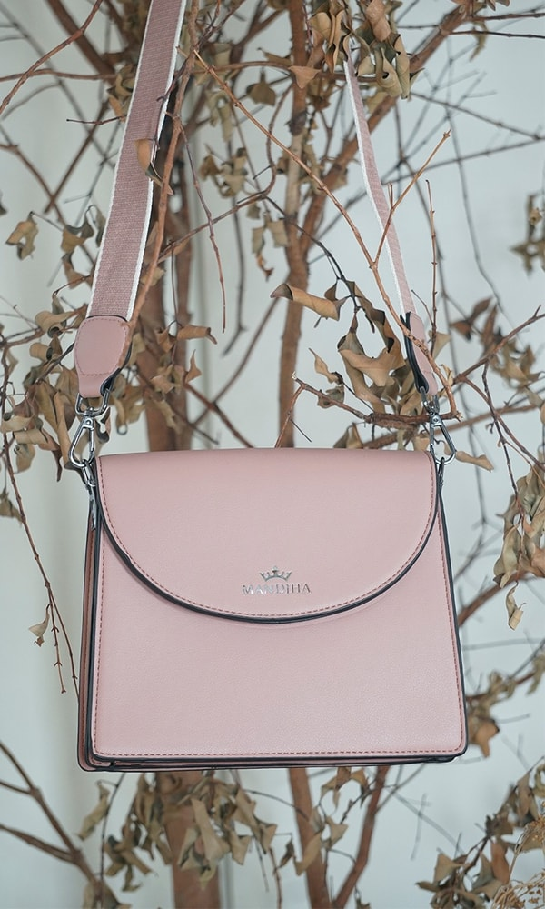 Mandjha Cross Body Bag Pink