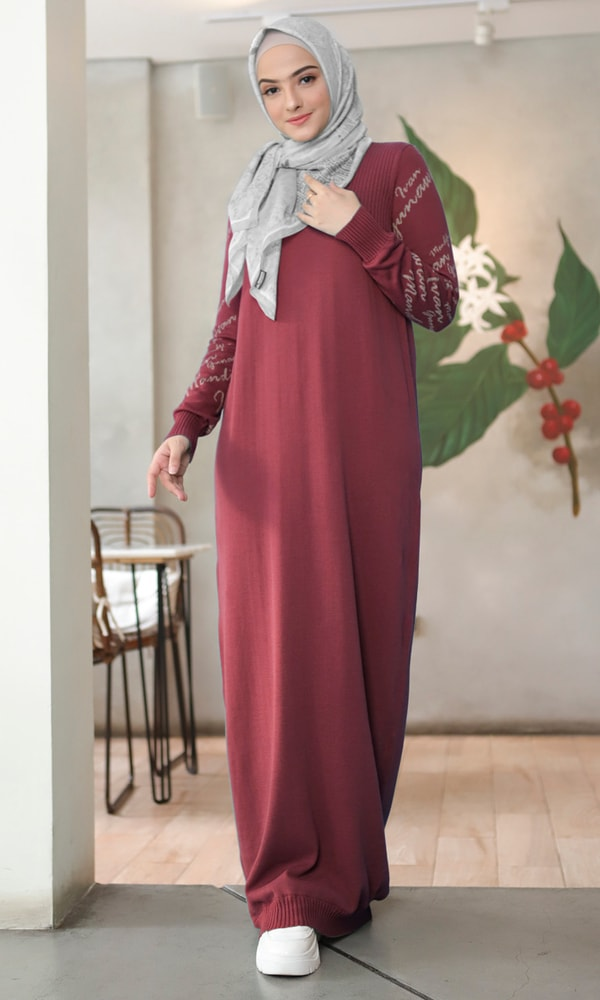 Monogram Sleeve Dress Wine